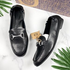 NIB Born Clair Leather Slip On Bit Loafers Flats